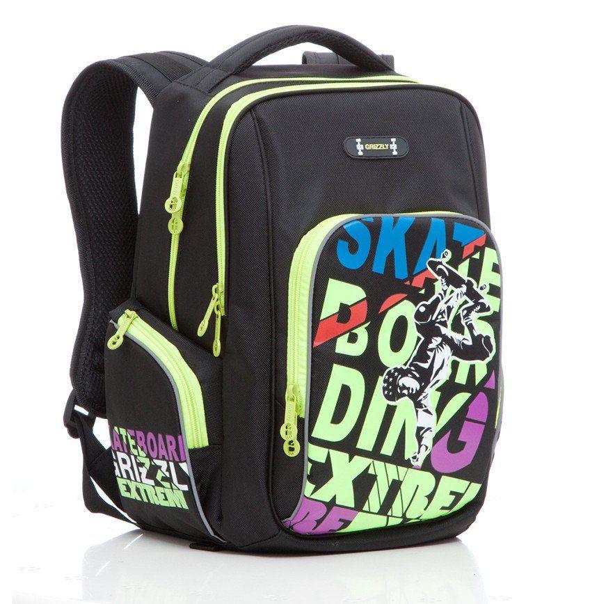 Рюкзак школьный Grizzly, черно-салатовыйРюкзаки, ранцы, сумки<br>Рюкзак школьный, два отделения, объемный карман на молнии на передней стенке, объемные боковые карманы на молнии, внутренний карман, жесткая анатомическая спинка, мягкая укрепленная ручка, укрепленные лямки, светоотражающие элементы с четырех сторон.Разме...<br><br>Год: 2016