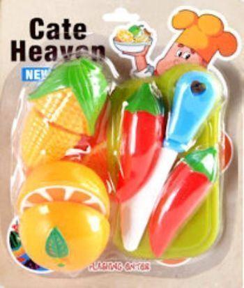 Набор фруктов и овощей с ножомИгры и игрушки<br>Набор Фрукты и овощи. В наборе 5 предметов: разделочная доска, нож, набор фруктов и овощей из 3-х предметов. Фрукты и овощи поделены пополам и скреплены липучкой. Выбор конкретных цветов и моделей не предоставляется.Материал: пластмасса.Для детей от 2-х...<br><br>Год: 2014<br>Высота: 200<br>Ширина: 160