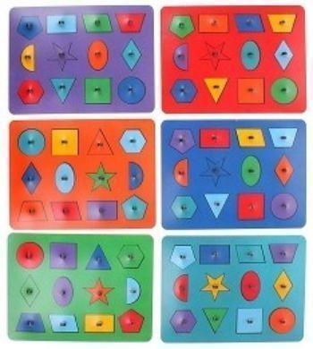 Рамки-вкладыши М.Монтессори Геометрия, миксДеревянные игрушки<br>Рамки - вкладыши помогут изучить геометрические фигуры, разовьют глазомер и координацию движений рук. Ребенок научится соотносить предметы по форме и размеру, расширит словарный запас и кругозор. Вкладыши можно обводить на бумаге и раскрашивать.Для детей ...<br><br>Год: 2016<br>Высота: 240<br>Ширина: 315<br>Толщина: 10