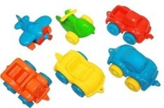 Игровой набор Фикси-гонкиИгры и игрушки<br>В набор входит машинки 4 шт., вертолетик, самолетик.Материал: пластмасса.Для детей от 3-х лет.<br><br>Год: 2017<br>Высота: 170<br>Ширина: 180<br>Толщина: 170
