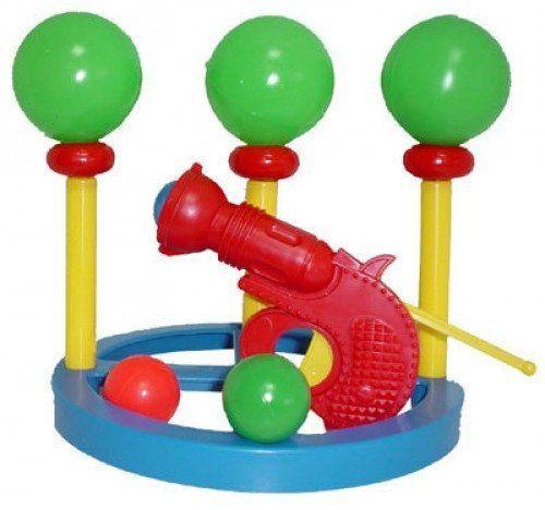 Игровой набор Тир с шарамиИгры и игрушки<br>Данный набор состоит из круглой подставки, на которой размещаются 3 зеленых шара-цели, и пистолета красного цвета. Детское оружие заряжается одним шариком меньшего размера. С этим набором дети смогут устраивать небольшие соревнования на меткость. В веселу...<br><br>Год: 2018<br>Высота: 220<br>Ширина: 220<br>Толщина: 60