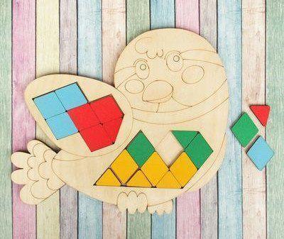 Мозаика-головоломка ПтичкаЛабиринты, головоломки, конструкторы<br>В данной мозаике ребёнку предлагается разложить элементы головоломки по схеме, чтобы получился определённый орнамент внутри деревянной основы-персонажа. В инструкции к набору представлено 10 вариантов рисунка, которые предстоит повторить малышу. Помимо ук...<br><br>Год: 2018<br>Высота: 200<br>Ширина: 240<br>Толщина: 15
