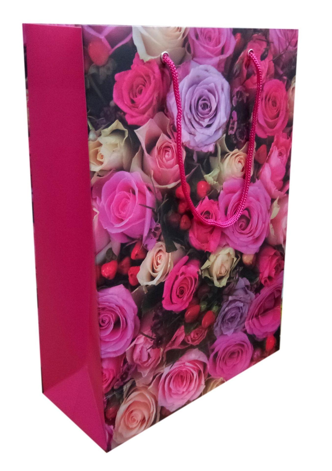 Пакет подарочный бумажный Цветы - розы