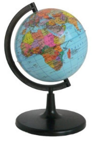Глобус Земли Классик, физико-политический, с подсветкой, 210 ммГлобусы<br>Глобус Земли с физико-политической картой мира станет незаменимым атрибутом обучения не только школьника, но и студента.Глобус на удобной подставке, вращается вокруг собственной оси, с подсветкой. Изготовлен из высококачественного пластика. Яркие цвета и ...<br><br>Год: 2018<br>Высота: 210<br>Ширина: 210