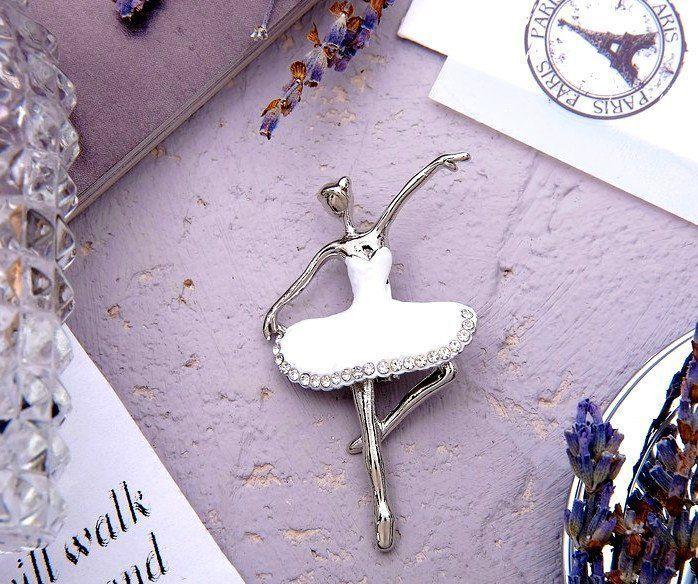 Брошь Балерина, белая, в серебре