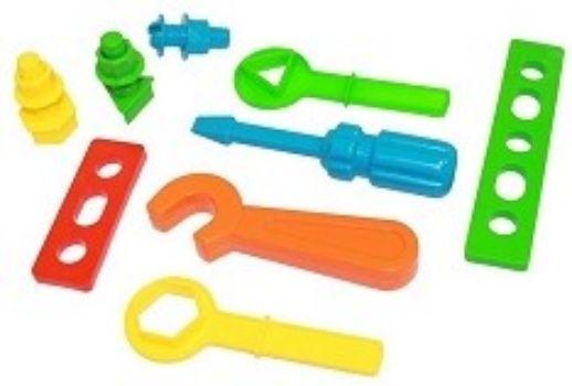 Игровой набор Фикси-инструментыИгры и игрушки<br>В набор входит отвертка, гаечный ключ, гайка 3 шт., винт, планка длинная, планка короткая, ключ-треугольник, ключ-шестигранник, болт-треугольник, болт-шестигранник.Состав: пластмасса.Для детей от 3-х лет.<br><br>Год: 2017<br>Высота: 180<br>Ширина: 130<br>Толщина: 50